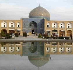 iran-esfahan-sheikh lotf o lah mosque